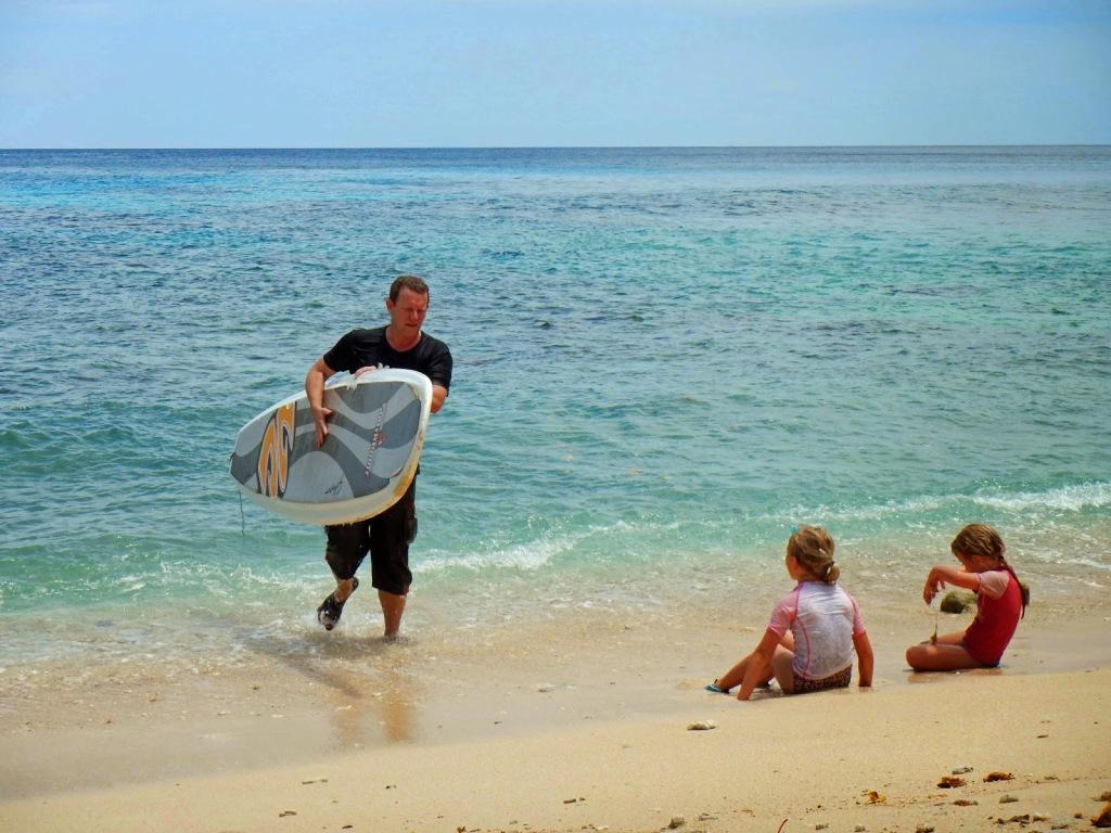 erik-surfing-2